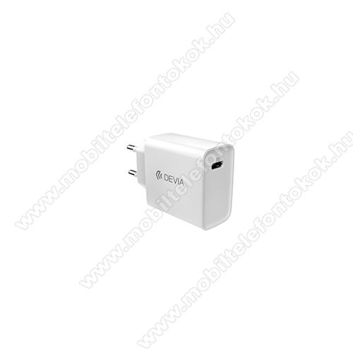 Devia hálózati töltő - 1 x USB Type C aljzattal, PD3.0, 5V/3A; 9V/2.2A; 12V/1.67A, 20W gyorstöltés támogatás, kábel nélkül! - FEHÉR - GYÁRI