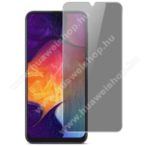 IMAK Privacy Anti-peep előlap védő karcálló edzett üveg - ÁTLÁTSZÓ - 9H, betekintés elleni védelemmel, a teljes felületén tapad! - A TELJES KIJELZŐT VÉDI! - SAMSUNG Galaxy A20 / Galaxy A30 / Galaxy A50 / Galaxy M30 / Galaxy A40s / Galaxy M10s - GYÁRI