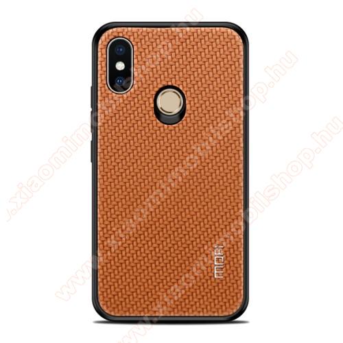 MOFI műanyag védő tok - Karbon mintás hátlap - BARNA - Xiaomi Mi 8 SE  - GYÁRI