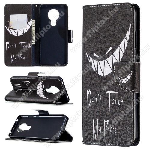 Notesz / flip mappa tok - Do not Touch My Phone MINTÁS - asztali tartó funkciós, oldalra nyíló, rejtett mágneses záródás, bankkártyatartó - NOKIA 5.3