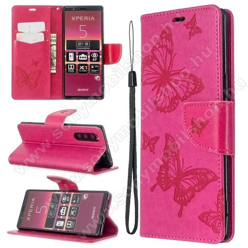 Notesz / mappa tok - MAGENTA - GRAVÍROZOTT PILLANGÓ MINTÁS - oldalra nyíló, rejtett mágneses záródás, belső zseb, asztali tartó funkció, szilikon belső - Sony Xperia 5