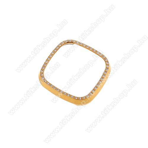 Okosóra műanyag védő tok / keret - ARANY - Strasszkővel díszített - Fitbit Versa 3 / Fitbit Sense