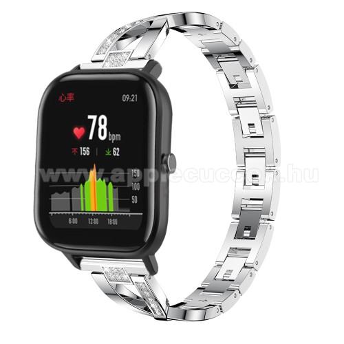 Okosóra szíj - EZÜST - rozsdamentes acél, strassz köves, 20mm széles, 125mm+190mm hosszú - SAMSUNG Galaxy Watch 42mm / Xiaomi Amazfit GTS / HUAWEI Watch GT / SAMSUNG Gear S2 / HUAWEI Watch GT 2 42mm / Galaxy Watch Active / Active 2 / Galaxy Gear Sport