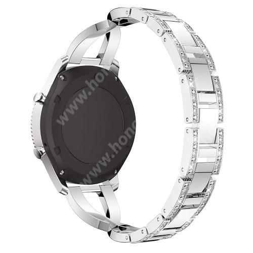 HUAWEI Watch Magic Okosóra szíj - EZÜST - rozsdamentes acél, strassz köves minta, 172mm hosszú, 22mm széles - HUAWEI Watch GT / SAMSUNG Gear S2 (SM-R720) / HUAWEI Watch GT 2 46mm