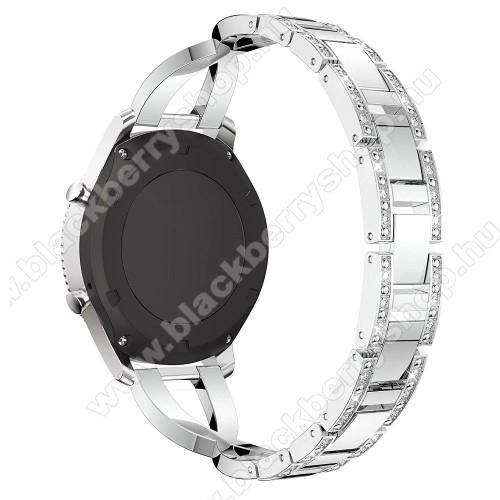 Okosóra szíj - EZÜST - rozsdamentes acél, strassz köves minta, 172mm hosszú, 22mm széles - HUAWEI Watch GT / SAMSUNG Gear S2 (SM-R720) / HUAWEI Watch GT 2 46mm