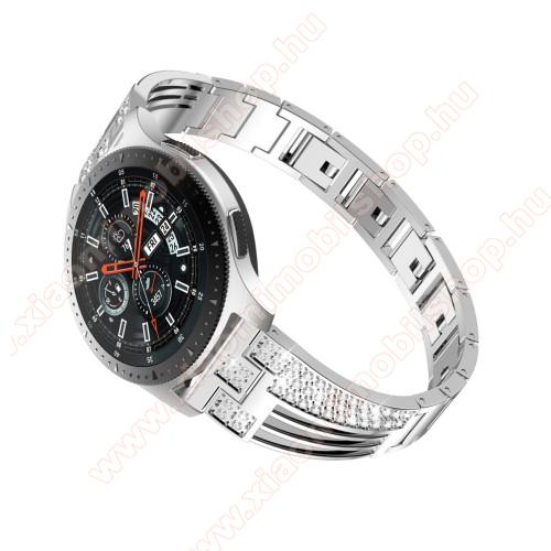Xiaomi Amazfit PaceOkosóra szíj - EZÜST - rozsdamentes acél, strasszkővel díszített, 180mm hosszú, 22mm széles - HUAWEI Watch GT / SAMSUNG Gear S2 (SM-R720) / HUAWEI Watch GT 2 46mm