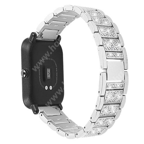 HUAWEI Honor MagicWatch 2 42mm Okosóra szíj - EZÜST - rozsdamentes acél, strasszkővel díszített, 20mm széles - SAMSUNG Galaxy Watch 42mm / Xiaomi Amazfit GTS / HUAWEI Watch GT 2 42mm / Galaxy Watch Active / Active 2