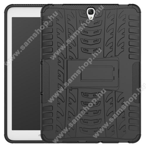 OTT! VROOM műanyag védő tok / hátlap - FEKETE - AUTÓGUMI MINTÁS - szilikon betétes, asztali tartó funkciós, ERŐS VÉDELEM! - SAMSUNG SM-T820 Galaxy Tab S3 9.7 (Wi-Fi) / SAMSUNG SM-T825 Galaxy Tab S3 9.7 (3G/LTE)