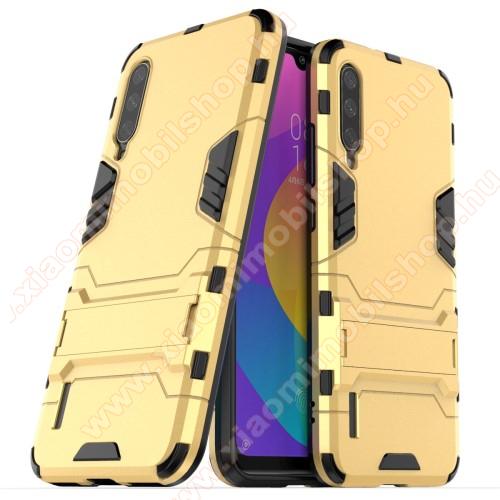 TRANSFORM műanyag védő tok / hátlap - ARANY - szilikon betétes, kitámasztható - ERŐS VÉDELEM! - Xiaomi Mi CC9e / Xiaomi Mi A3